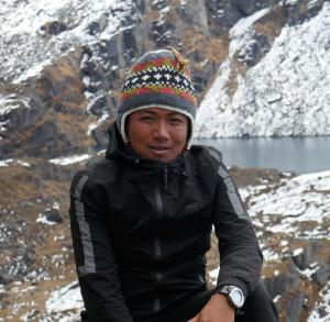 2017. Trek au Langtang et lacs sacrés de Gosainkund. 115-photo-caroline-22-nima-300x293