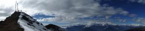 119 JP Panoramique sur le sommet du belvedere