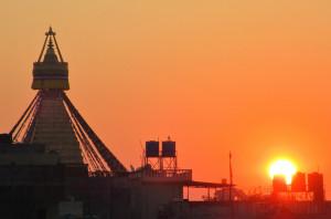 2 Stupa et coucher de soleil par Nicolas