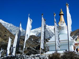 32 JP Stupa de Kyanjin Gompa 3730m
