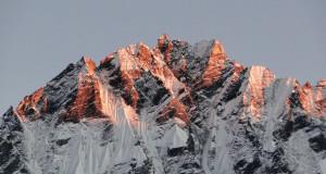67 JP Coucher de soleil sur la Langtang Himal